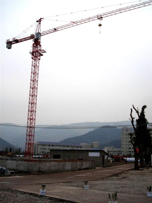 庆江80塔机-产品展示-重庆市冉冉建筑设备租赁有限